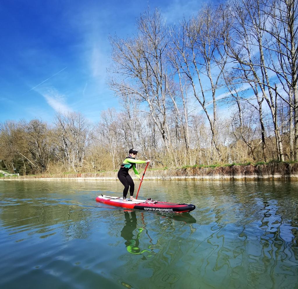 Le Canal du Loing, près de Nemours en Seine-et-Marne, idéal pour s'entraîner.