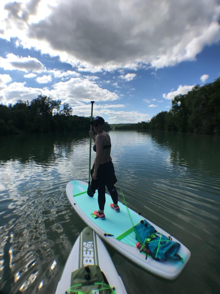 En paddle sur la Seine, en Seine-et-Marne.
