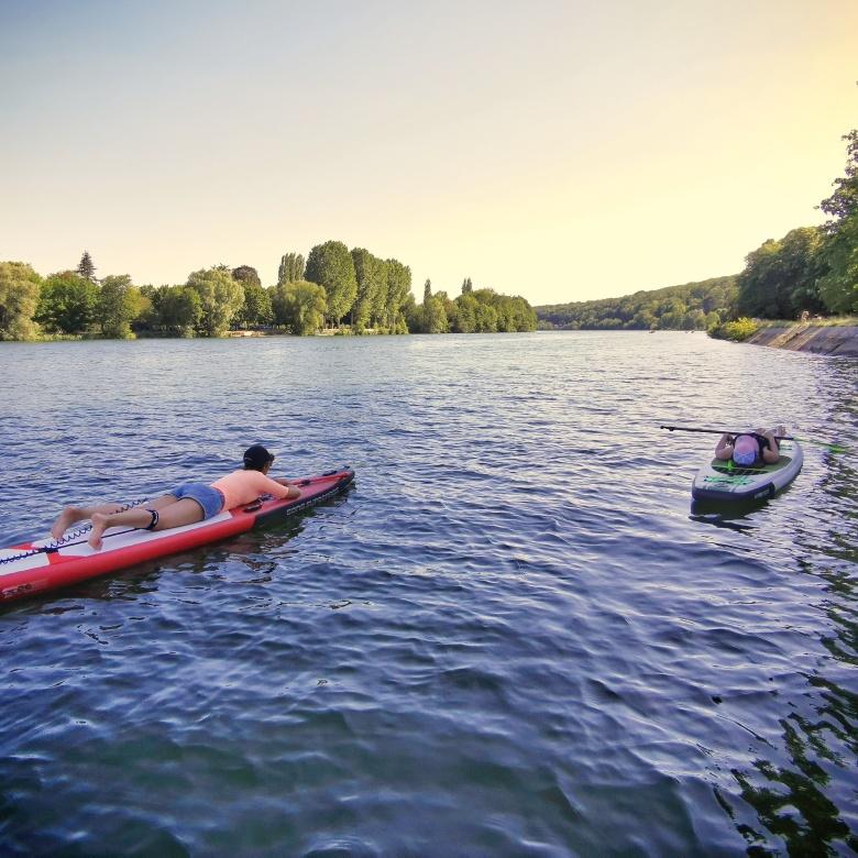 En paddle sur la Seine près de Fontainebleau, à la sortie de Samois-sur-Seine